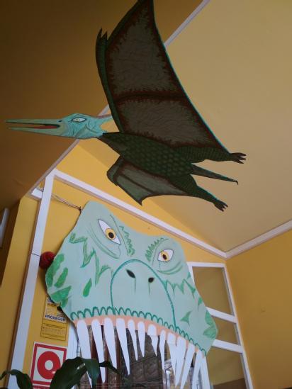 Dragón y Dinosaurio